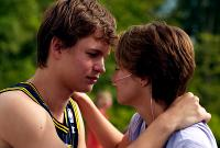 The Fault In Our Stars - Featurette (The Cast)