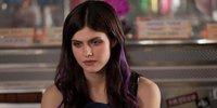 Alexandra Daddario caught in Human-Zombie Love Triangle in Burying The Ex