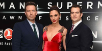 Batman v Superman Flies Past Half a Billion Dollars Worldwide, P200-M in PH