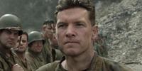 For Sam Worthington, Hacksaw Ridge Takes Timely Look at War
