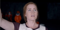 Amy Adams Decodes Extra-Terrestrial Language in Arrival