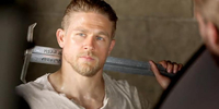 Charlie Hunnam Faces His Destiny in King Arthur: Legend of the Sword
