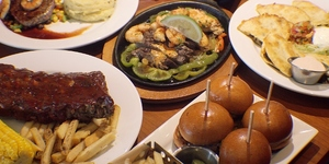 Lucky Nine: Chili's Philippines Opens Store No. 9 at U.P. Town Center, Katipunan