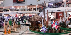 Shop Till You Drop: Your Guide to Manila's 2017 Holiday Mall Hours
