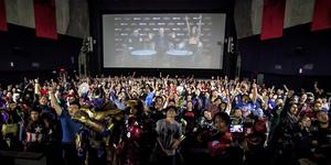 "IN PHOTOS: Stars, Director of Marvel Studios' ""Avengers: Infinity War"" Surprise Filipino Fans"