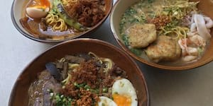 Sarsa's Batchoy Bowls and Icy Desserts Keep You Company, Rain or Shine