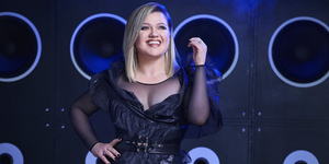 Kelly Clarkson Returns to Host The '2019 Billboard Music Awards'