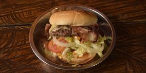 8 Standout Burgers Under P150 in Metro Manila