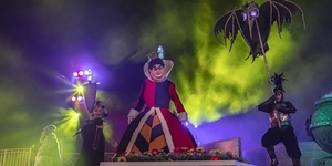 Join Hong Kong Disneyland's Villainous Ensemble at Disney Halloween Time