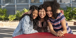 Q&A With The Cast of New Netflix Teen Comedy Show 'Never Have I Ever'