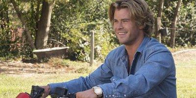 Chris Hemsworth Displays Comedic Chops in Vacation