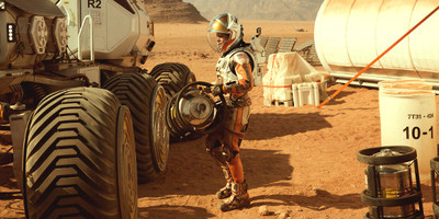 """Living on a Planet Where Nother Grows in """"The Martian"""" Second Trailer Reveal"""