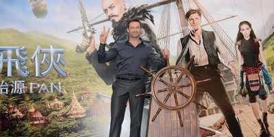 Hugh Jackman Meets HK Fans, Joins Dragon Parade for Pan