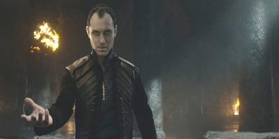 Jude Law Steals the Throne in King Arthur: Legend of the Sword
