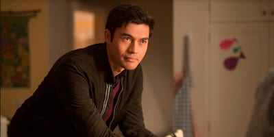 "Crazy Rich Asians' Lead Henry Golding Stars Opposite Blake Lively & Anna Kendrick In ""A Simple Favor"""