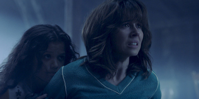 Linda Cardellini Brings the Mexican Folklore to Life in 'The Curse of La Llorona'