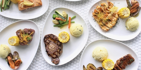 Ibiza Beach Club's Lunch Specials Could Fill Your Hungry Selves for Less Than P1,000