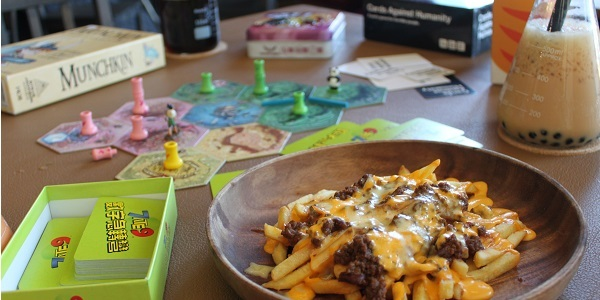 Comfort Food Restaurant: Dyce N Dyne: Eat and Play at this New Steampunk Themed Boardgame Bar and Cafe