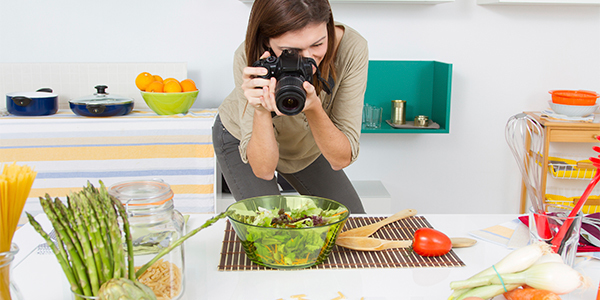 Computers / Phones / Gadgets Restaurant: Infographic: A Cheat Sheet for Nailing your Food Photos