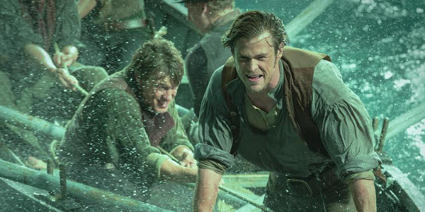 Chris Hemsworth Captains In the Heart of the Sea