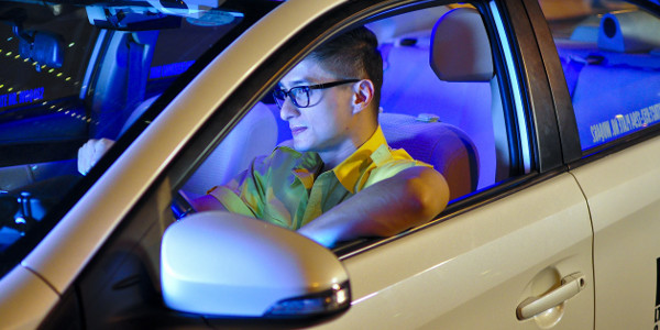 AXN Gets into Gear with Cash Cab Philippines