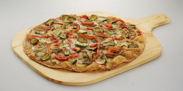 Read more about the article Enjoy Guilt-Free Indulgence with Shakey's Flavors of the Mediterranean