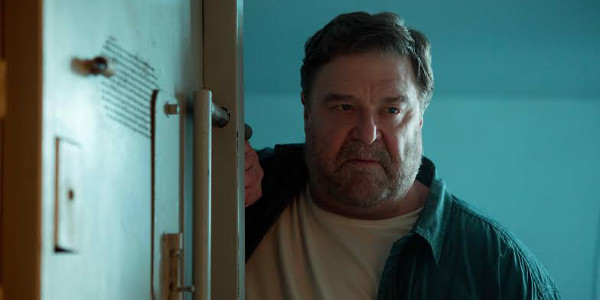 """Read more about the article Will """"10 Cloverfield Lane"""" Give John Goodman His First Oscar Nom?"""