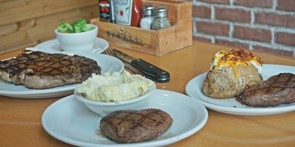 Texas Roadhouse Opens This Week at Uptown Place Mall, Bonifacio Global City