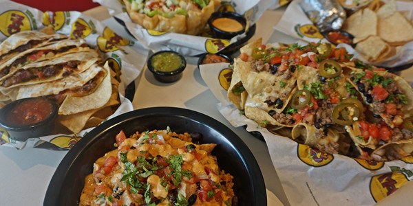Read more about the article Moe's Southwest Grill opens first store in the Philippines, offers P10 Burritos on June 14 and 15!