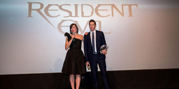 "Jovovich, Anderson Accept Franchise Achievement Award for ""Resident Evil"""