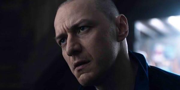 "The Critics Agree: ""Split"" Brings Shyamalan Back to Fine Form"