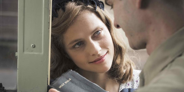 """Read more about the article Teresa Palmer — A Loving, Nurturing Force in """"Hacksaw Ridge"""""""