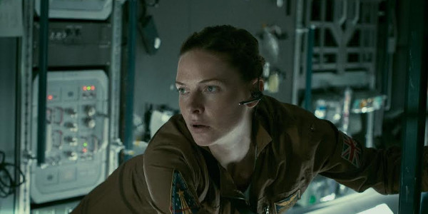 """Rebecca Ferguson Must Contend with an Alien Creature in """"Life"""""""