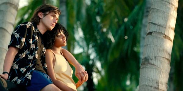 WATCH: Love Songs in 'Everything, Everything' Official Trailer 2