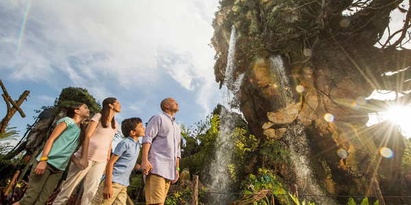 WATCH: Enter 'Pandora – The World of Avatar,' a New Enchanting Park at Walt Disney World Resort