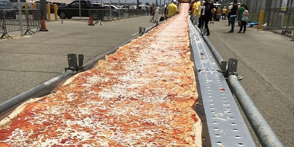 Today's Slice of Food News: USA Just Beat Italy's Record for The World's Longest Pizza