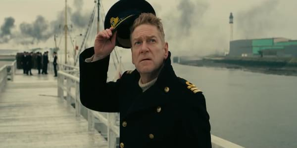 """Kenneth Branagh Must Evacuate Soldiers Trapped in """"Dunkirk"""""""