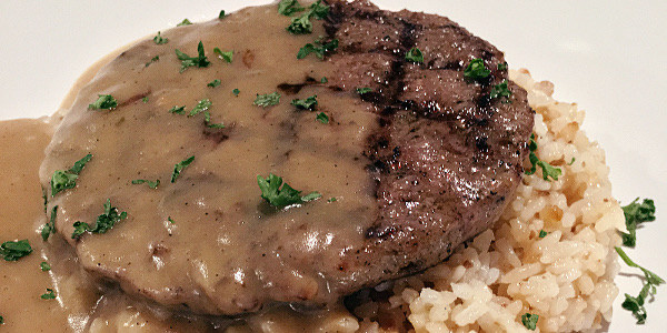 Read more about the article Eat of the Week: This Gravy-Loaded Burger Steak Gets a Delicious Upgrade at Boutique Burger Kitchen