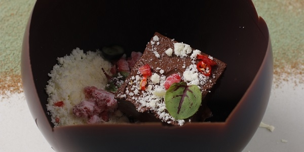 Eat of the Week: A Fine Chocolate Dessert at Samba You Have to Break To Fully Appreciate