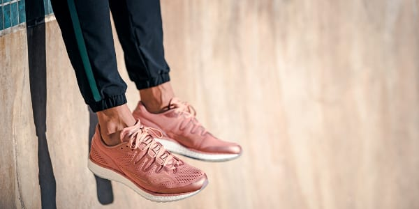 Your New Millennial Pink Favorite: Freedom ISO, Saucony's Best Shoe Ever