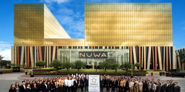 NÜWA at City of Dreams Manila Receives 2018 Forbes Five Star Award