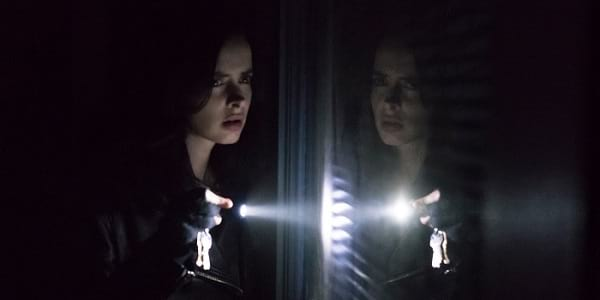 "Superpowered Noir: A Review of the First 5 Episodes of ""Marvel's Jessica Jones"" Season 2"