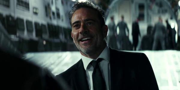 """""""The Walking Dead's"""" Jeffrey Dean Morgan Has a Blast in """"Rampage"""""""