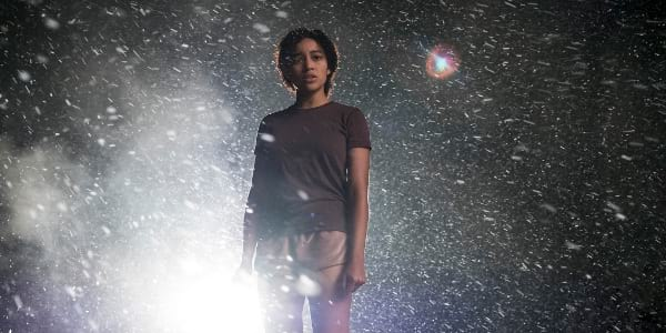 "Hunger Games Child Star Amandla Stenberg Leads Latest YA Action Thriller ""The Darkest Minds"""
