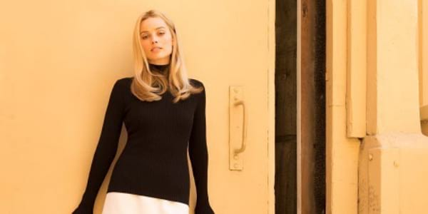 """First-Look of Margot Robbie in """"Once Upon a Time in Hollywood"""""""