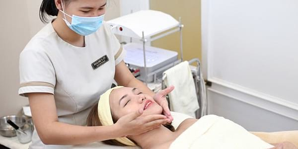 Read more about the article Miss Esthe's Age-defying Treatment: Adding More Life To Your Years