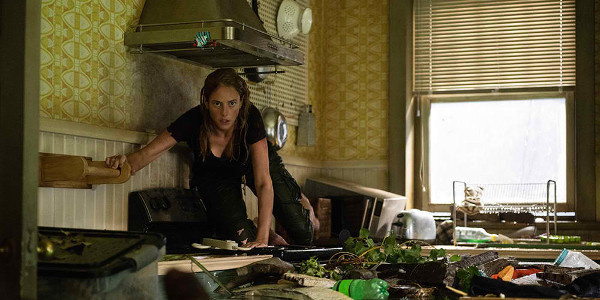 WATCH:  THe Trailer to Paramount Pictures' Upcoming Nail-Biting Thriller 'Crawl'