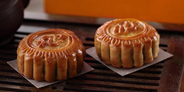 New World Manila Bay Hotel celebrates Mid-Autumn Festival with legendary mooncakes