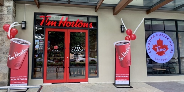 Tim Hortons Opens Its New Branches in Estancia Mall and L&Y Plaza