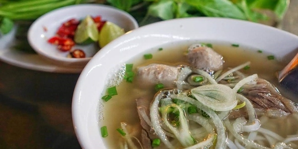 9 Fantastic Vietnamese Foods And Where To Find Them